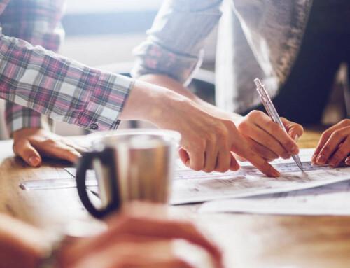 Welche Aufgaben stehen eigentlich bei der Gründung deines Unternehmens an? An was musst du alles denken? Hier findest du eine Übersicht der wichtigsten Themen, die du bei deiner Vorbereitung und beim Start berücksichtigen solltest.